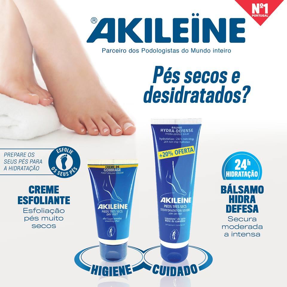 O suor e a exposição ao sol podem secar a pele dos pés. Para evitar o incómodo, beba muita água, faça uma esfoliação regular e hidrate os pés diariamente antes de dormir com o Bálsamo Hidra-Defesa!