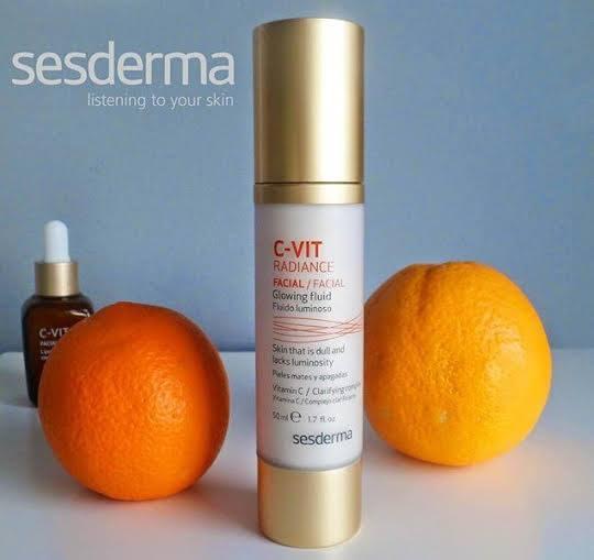 C-VIT facial é recomendado para a prevenção e tratamento do fotoenvelhecimento cutâneo em todo o tipo de peles. É eficaz no tratamento de peles cansadas e apagadas e com falta de brilho.Dá luminosidade e vitalidade à pele proporcionando de imediato um aspecto saudável e radiante!
